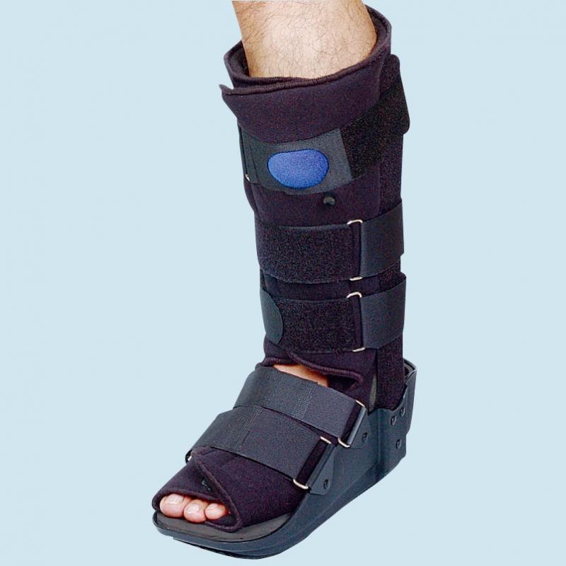 MLE15003 Braceability Walking Boot